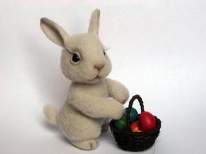 Валяем пасхального кролика. Ярмарка Мастеров - ручная работа, handmade.