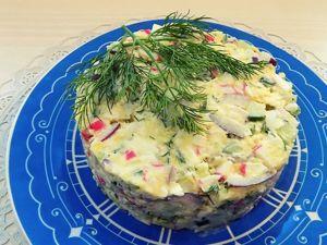 Салат из крабовых палочек с огурцом и сыром. Ярмарка Мастеров - ручная работа, handmade.