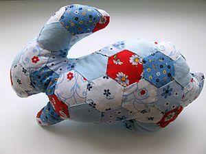 Кролик в технике пэчворк. Ярмарка Мастеров - ручная работа, handmade.