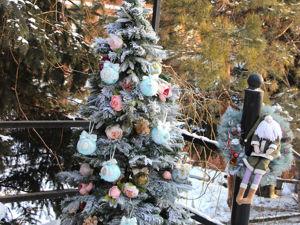 Елка декорированная шарами из комплекта  «Имперский балет». Ярмарка Мастеров - ручная работа, handmade.