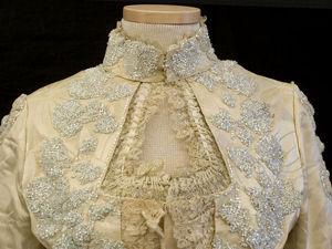 Атласное платье с вышивкой из бисера, 1888-1900. Ярмарка Мастеров - ручная работа, handmade.