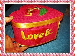 Делаем шкатулочку-сердечко «Love is...» из фетра. Ярмарка Мастеров - ручная работа, handmade.