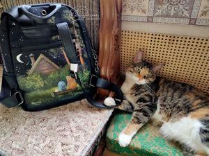 Кошка художника принимает работу. 6 ежиков и 1н медведь. Ярмарка Мастеров - ручная работа, handmade.