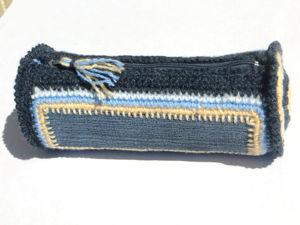Вяжем крючком косметичку с джинсовыми вставками: видеоурок. Ярмарка Мастеров - ручная работа, handmade.