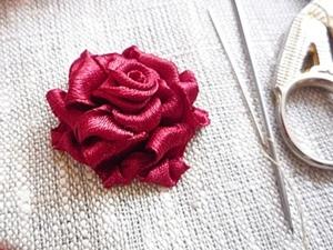 Роза.Вышивка лентами.. Ярмарка Мастеров - ручная работа, handmade.