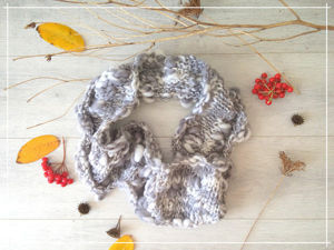 Вяжем снуд «Осеннее небо» из фактурной пряжи. Ярмарка Мастеров - ручная работа, handmade.