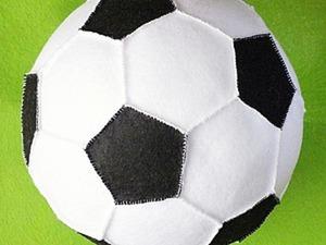 Шьём футбольный мяч из фетра. Ярмарка Мастеров - ручная работа, handmade.