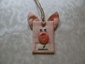 Изготавливаем тканевый тег «Свинка» своими руками. Ярмарка Мастеров - ручная работа, handmade.