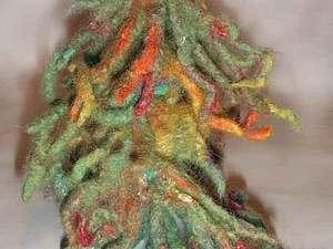 Новогодняя елочка из войлока на скорую руку. Ярмарка Мастеров - ручная работа, handmade.