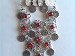 Комплект этнических украшений с красными кристаллами. Ярмарка Мастеров - ручная работа, handmade.