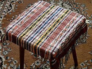Видео мастер-класс. Накидка для табуретки из тканого коврика. Ярмарка Мастеров - ручная работа, handmade.