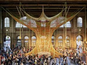 Гигантское вязаное дерево «выросло» на вокзале в Цюрихе. Ярмарка Мастеров - ручная работа, handmade.