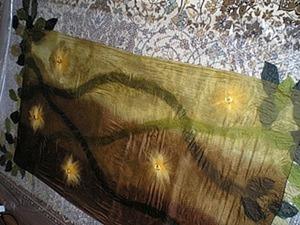 Валяный палантин «Магия весны» из шёлка и шерсти. Ярмарка Мастеров - ручная работа, handmade.