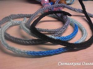 Вязание простого шнура из трех петель. Ярмарка Мастеров - ручная работа, handmade.