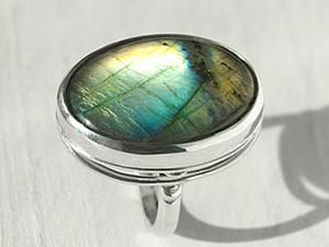 Кольцо серебряное с лабрадоритом. Ярмарка Мастеров - ручная работа, handmade.