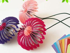 Мастерим цветочки из бумаги в технике оригами. Ярмарка Мастеров - ручная работа, handmade.