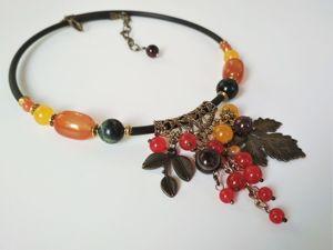 Колье  «Лесные ягоды». Ярмарка Мастеров - ручная работа, handmade.