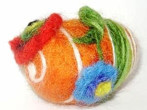 Пасхальное яйцо с цветами (фильцевание). Ярмарка Мастеров - ручная работа, handmade.