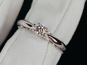 Золотое кольцо с крупным бриллиантом в наличии. Ярмарка Мастеров - ручная работа, handmade.