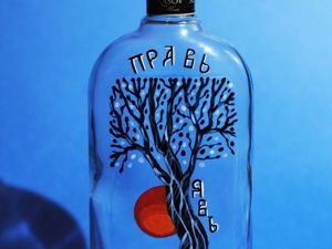 Painting a Bottle with The Tree of Life Image. Livemaster - handmade