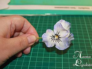 Цветы из холодного фарфора Анютины глазки ,часть 1. Ярмарка Мастеров - ручная работа, handmade.