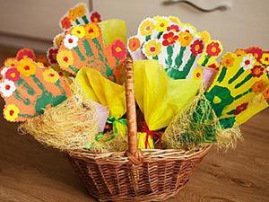 """Мастерим веселый букет """"Ладошка"""" в подарок милым дамам. Ярмарка Мастеров - ручная работа, handmade."""