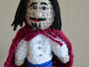 Вяжем пальчиковую куклу короля к сказке Кот в сапогах. Ярмарка Мастеров - ручная работа, handmade.