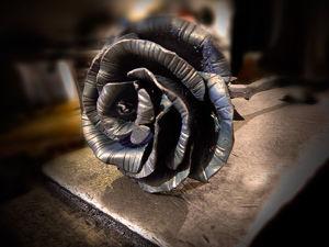 Положив встречу нового года на наковальню, я выковал прекрасную розу. Ярмарка Мастеров - ручная работа, handmade.