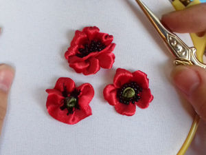 Embroidering Poppies with Satin Ribbons: 3 Ways. Livemaster - handmade