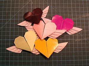 Складываем оригами-сердечко с крылышками. Ярмарка Мастеров - ручная работа, handmade.