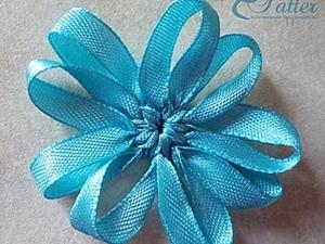 Плетеный из лент цветок. Ярмарка Мастеров - ручная работа, handmade.