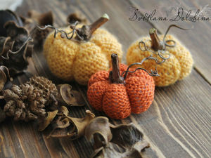 Knitting a Sweet Pumpkin for Halloween Home Decor in 30 Minutes. Livemaster - handmade