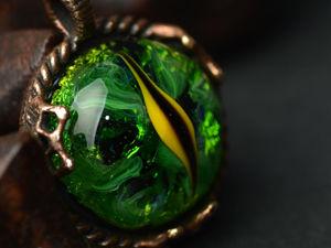 Кулон Зеленый глаз дракона. Ярмарка Мастеров - ручная работа, handmade.