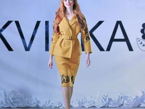 Показ: женские костюмы с ручной вышивкой. Ярмарка Мастеров - ручная работа, handmade.
