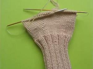 Как вязать варежки, носки, митенки на круговых спицах. Ярмарка Мастеров - ручная работа, handmade.