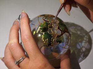 Рисуем витраж на елочном шаре — корзинку с фруктами, цветами и листьями. Ярмарка Мастеров - ручная работа, handmade.