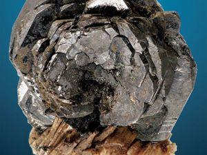 Ильменит — черная роза Урала. Ярмарка Мастеров - ручная работа, handmade.