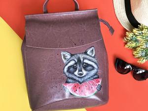 Видео рюкзака с ручной росписью Енот. Ярмарка Мастеров - ручная работа, handmade.