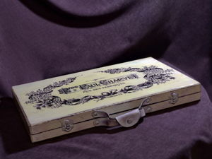 Video Tutorial: Transformation of an Old Pen Case — Implantation of a Printout. Livemaster - handmade