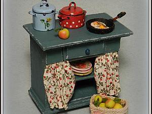 Мастерим миниатюрный кухонный стол для кукольного дома. Ярмарка Мастеров - ручная работа, handmade.