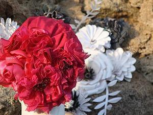 Эффектная роза из ткани и лент своими руками. Ярмарка Мастеров - ручная работа, handmade.