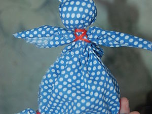 Hiding an Easter Egg in a Rabbit: Kids' Craft Project. Livemaster - handmade