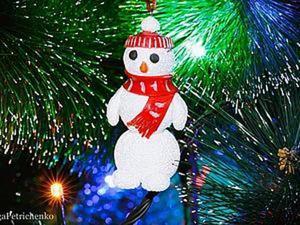 Видео мастер-класс: делаем новогоднюю игрушку — снеговика. Ярмарка Мастеров - ручная работа, handmade.
