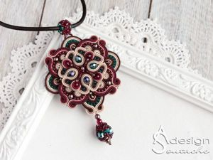 """How to Make a """"Sweet East"""" Pendant Using Soutache Embroidery Technique. Livemaster - handmade"""