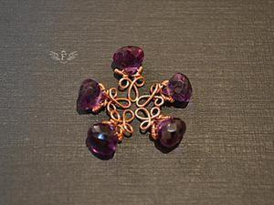 """Как красиво оформить подвеску с бусиной в форме капли в технике """"wire wrap"""". Ярмарка Мастеров - ручная работа, handmade."""