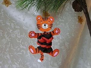 Забавный тигренок, или Елочная игрушка своими руками. Ярмарка Мастеров - ручная работа, handmade.