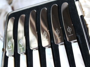Дополнительные фотографии комплекта ножей с натуральным перламутром. Ярмарка Мастеров - ручная работа, handmade.