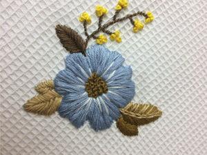 Вышиваем цветок: вышивка гладью для начинающих. Ярмарка Мастеров - ручная работа, handmade.