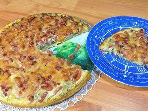 Пицца из кабачков приготовленная в духовке с колбасой и помидорами. Ярмарка Мастеров - ручная работа, handmade.