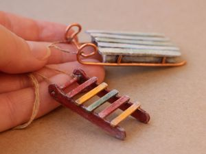 Как сделать миниатюрные санки. Ярмарка Мастеров - ручная работа, handmade.